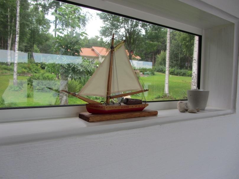 Segelbåt i trä